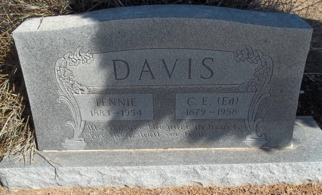 Charles Edward Davis and Tennie (Whaley) Davis