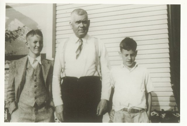 Chauncey George Rust, Dr. Claude Delano Rust and Samuel McChesney Rust in Tacoma about 1930?