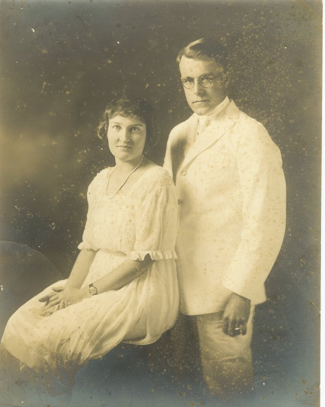 Alfred George and Nellie Olive (Boothby) Paget c1922